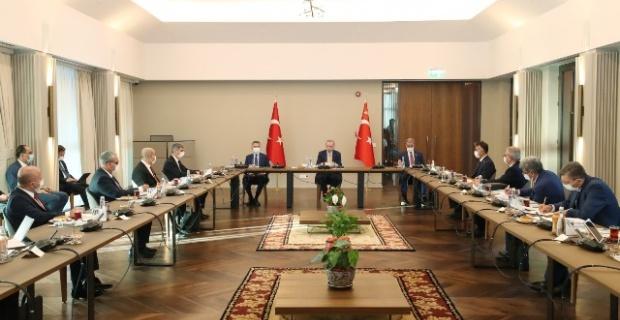 Erdogan,Bitlis'te bölge valileriyle toplantı yaptı.