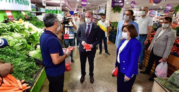 Vali Gül'den İslahiye, Nurdağı ve Şehir Merkezinde Koronavirüs Denetimi