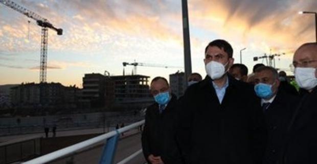 Bakan Kurum,Elazığ'da incelemelerde bulundu