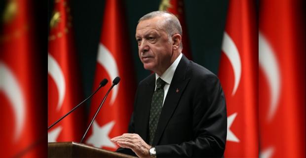 """Erdoğan """"Hep birlikte fedakârlık yaparak, salgın musibetinin üstesinden gelerek sağlıklı ve huzurlu bir şekilde geleceğe bakacağız"""""""