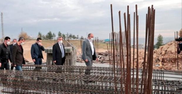 """Başkan Aksoy """"Bozova'da kütüphane inşaatımız devam ediyor"""""""