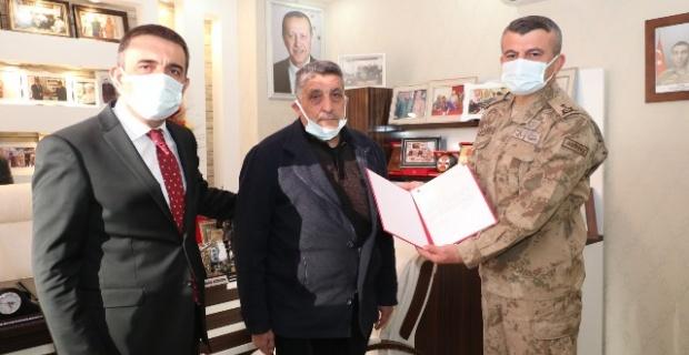 Şehit Süleyman Sungur'un ailesine 'Şehadet Belgesi'