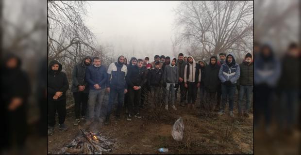 Yunanistan Göçmenlere Acımasızca Davranmaya Devam Ediyor