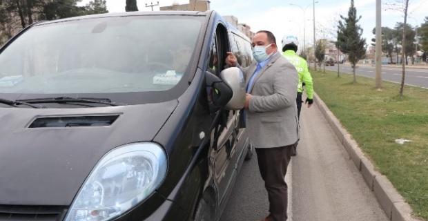 Başkan Ekinci,sürücülere broşür dağıttı
