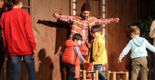 Büyükşehir Tiyatrosundan 'Dünya Tiyatro Dünü'ne özel sahne