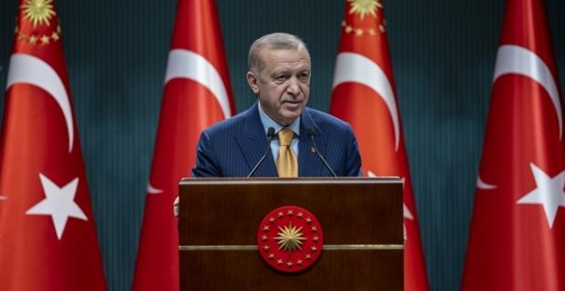 """Cumhurbaşkanı Erdoğan """"Baharın müjdecisi, barış ve kardeşliğin simgesi Nevruz Günü'nü tebrik ediyorum"""""""