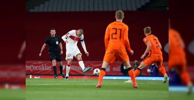 Milli Takım Hollanda'yı farklı yendi