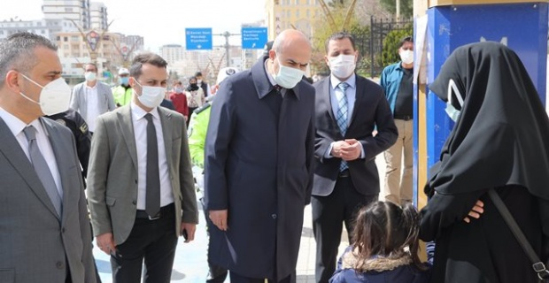 """Mardin Valisi Demirtaş """"salgın ile mücadelemize devam etmeliyiz"""""""