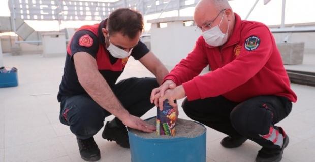 ŞANLIURFA'DA RAMAZAN TOPU YERİNİ SES BOMBASINA BIRAKTI