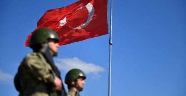 Suriye'ye ve Yunanistan'a yasa dışı yollardan geçmeye çalışan 9 kişi yakalandı