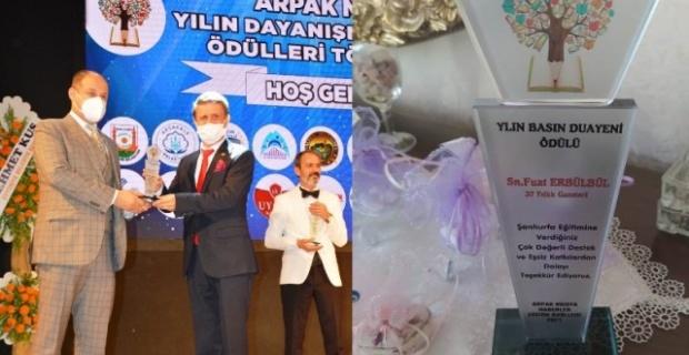 Erbülbül'e YILIN DUAYEN GAZETECİSİ ödülü