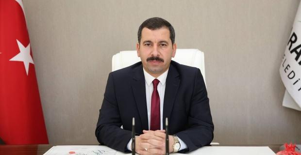 """Başkan Baydilli """"Gazi Mustafa Kemal Atatürk ve silah arkadaşlarını,aziz şehitlerimizi ve gazilerimizi rahmet, minnet ve şükranla anıyorum"""""""