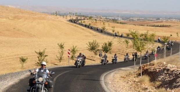 MEDENİYETLER BAŞKENTİ ŞANLIURFA'DA TARİHE MOTORLU YOLCULUK