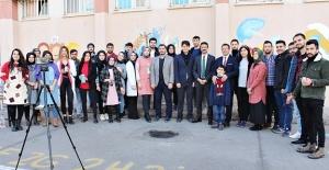 Harran Üniversitesi Öğrencileri...