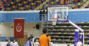 Büyükşehir,Bağcılar Belediyesi'ni 68- 60'lık skor ile geçti.