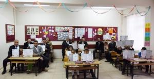 Başkan Soylu, tüm öğrencilere başarılar dilerken, güzel bir tatil geçirmeleri dileklerinde bulundu.