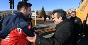 """Diyarbakır Valisi Güzeloğlu """"ekiplere teşekkür etti"""""""