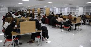 Eğitim ve Gençlik Merkezleri öğrenciler ile doldu taştı.