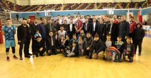 """Başkan Canpolat """"Haliliye'yi zirveye taşıyan sporcularımızı tebrik ediyorum"""""""