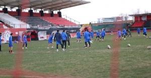 Karaköprü Belediyespor yönetiminden takıma tam destek
