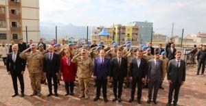 Şırnak Valisi Pehlivan Şehit Teğmen Şafak Evran İlkokulu ve Şehit Anısı Köşesinin Açılışına Katıldı