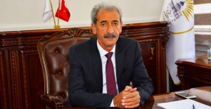 Başkan Aydın Maaşını Vefa Sosyal Destek Grubuna Bağışladı.