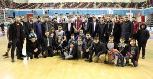 Haliliye Belediyespor Voleybol Takımı Efeler Ligine yükseldi