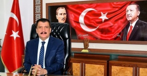 """Başkan Gürkan """"futbolumuzu da daha fazla kirletmeyin"""""""