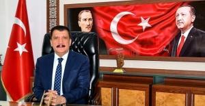 """Başkan Gürkan """"Merhum kardeşimize ALLAH'tan rahmet, kederli ailesine ve sevenlerine başsağlığı diliyorum"""""""