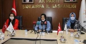 AK Parti Kadın Kollarından Basın Açıklaması