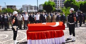 Şehit polis memuru Pehlivan dualarla  memleketi Sivas'a uğurlandı