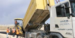 Büyükşehir Belediyesi,yol yapım, bakım ve onarım ve asfaltlama çalışmalarına devam ediyor.