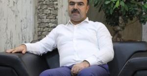 """Çiftçi """"Cumhurbaşkanımız demek;Türkiye Cumhuriyet'in devlet başkanı demektir"""""""