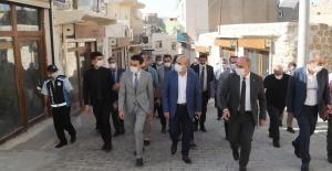 Mardin Valisi Demirtaş Ömerli'yi Ziyaret Etti.
