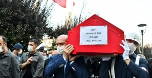 Şehit J.Kd.Yzb. Mahmut Top ebediyete uğurlandı