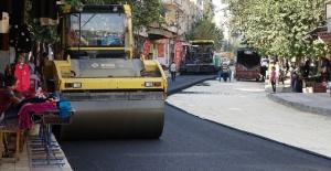 Şanlıurfa Bostancılar Caddesi yolu sıcak asfaltla buluştu