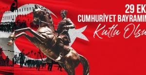 """Yasak """"Gazi Mustafa Kemal Atatürk'e ve gazilerimize şükranlarımı sunuyor, şehitlerimizi rahmetle yad ediyorum"""""""
