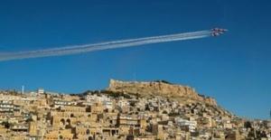 Ay Yıldızlı Jetler Mardin semalarında