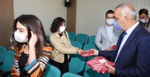 Hilvan'da '24 Kasım Öğretmenler Günü' kutlandı