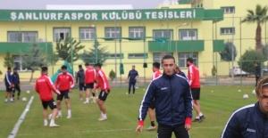 Şanlıurfaspor,Manisaspor ile oynayacağı maçın hazırlıklarına bugün yaptığı antrenmanla devam etti.