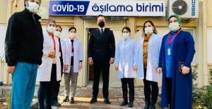 Balıklıgöl Devlet Hastanesinde Sağlık personellerinin 1. doz aşısı yapılmaya başlandı.
