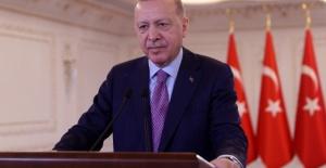 """Cumhurbaşkanı Erdoğan: """"Türkiye'nin tökezlemesini umanlara inat ülkemizi aydınlık bir geleceğe hazırlıyoruz"""""""