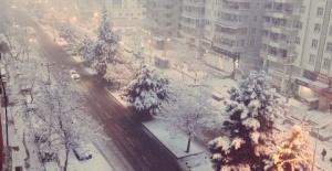 """Diyarbakır Büyükşehir Belediyesi """"Karla mücadele ekiplerimiz,çalışmalarına devam ediyor"""""""