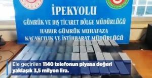 Habur'da 1140 Adet Cep Telefonu Ele Geçirildi