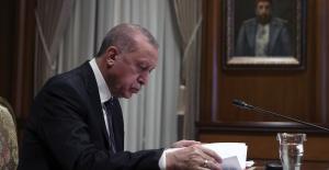 Cumhurbaşkanı Erdoğan,Fransa Cumhurbaşkanı Macron ile görüşme gerçekleştirdi.
