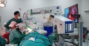 MTÜ'den Koklear implantasyon Operasyonu